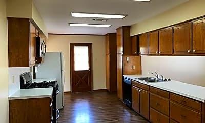 Kitchen, 6433 Peggy St, 1