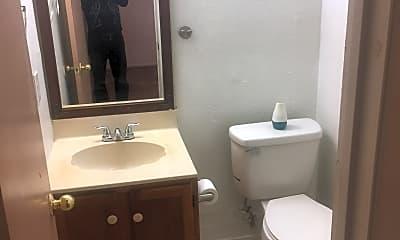 Bathroom, 901 North Bishop, 1