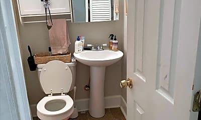 Bathroom, 20 Rose Ln, 2