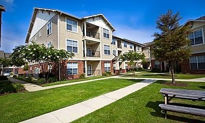 Building, Ivy Park Apartment Homes, 2