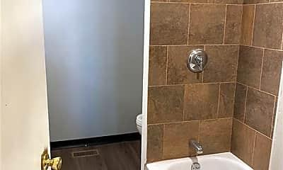 Bathroom, 678 Pine St, 1