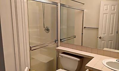 Bathroom, 13000 Admiralty Way, 2