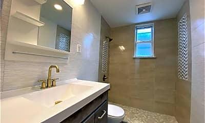 Bathroom, 2530 Cropsey Ave 2, 1