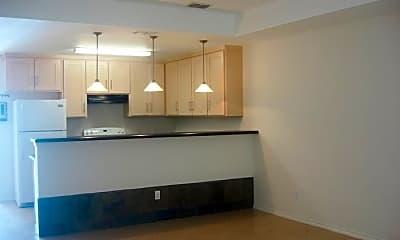 Kitchen, 904 E Daffodil Ave, 1