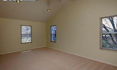 Bedroom, 809 N Hanley Rd, 1