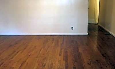 Living Room, 148 E 51st St, 2