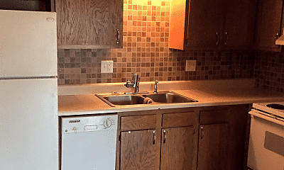 Kitchen, 121 Wintergreen Dr, 0