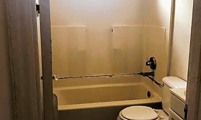 Bathroom, 205 N Plum St, 2