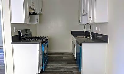 Kitchen, 1036 Brittania St, 2