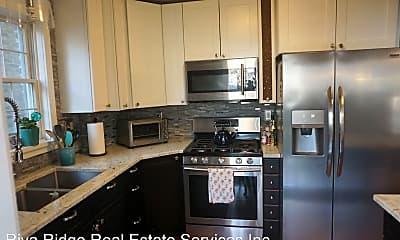Kitchen, 3321 Piedmont Ave, 1