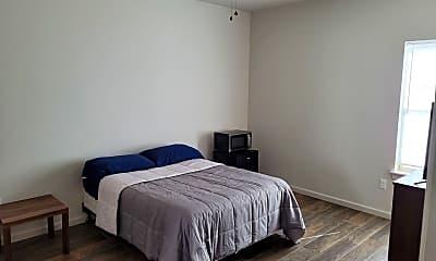 Bedroom, 33 W Thatcher St, 1