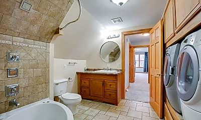 Bathroom, 1012 W 28th St, 2