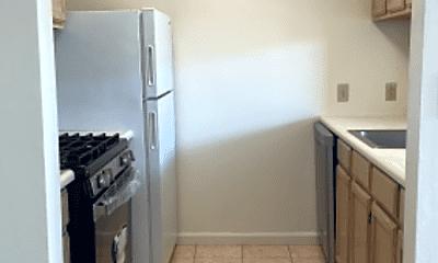 Kitchen, 859 Vermont St, 1