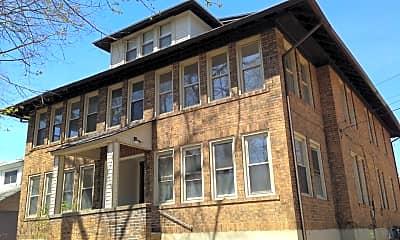 Building, 725 Washington Ave, 1