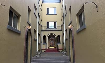 Chapman Court Apartments, 1