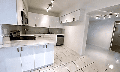 Kitchen, 1008 NW 11th Ct, 1