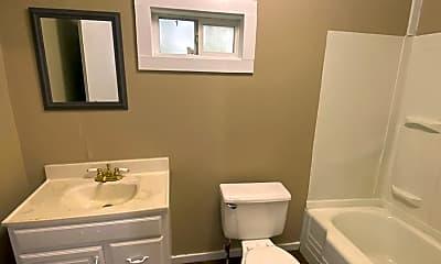 Bathroom, 2918 Monroe St, 2