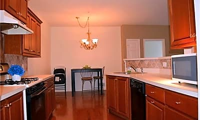 Kitchen, 911 Eden Terrace, 1