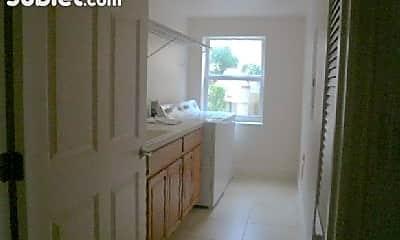 Bathroom, 806 Mystic Dr, 2