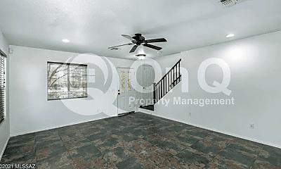 Bedroom, 3513 N Sierra Falls Pl, 1