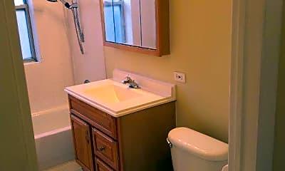 Bathroom, 4857 N Harding Ave 3, 2