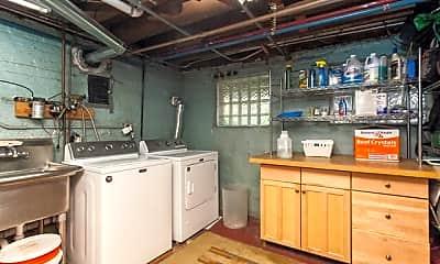 Kitchen, 929 W Fletcher St, 2