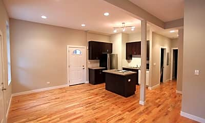 Kitchen, 1463 W Huron, 1