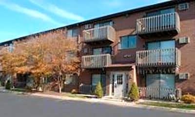 Yender Apartments, 0