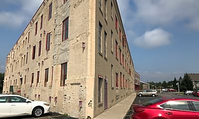 Garton Toy Factory Apartment, 1