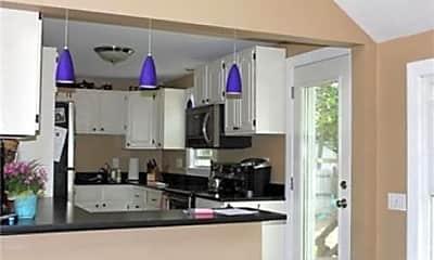 Kitchen, 24 Ferndale Rd, 1