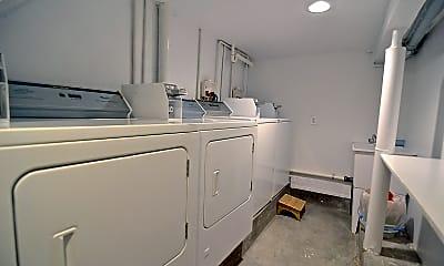 Bathroom, 170 17th St, 2