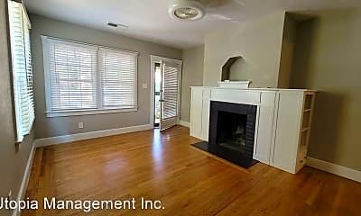Living Room, 2709-2711 Freeport Blvd, 1