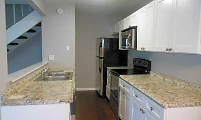 Kitchen, 804 Tiffany Dr W, 0