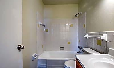 Bathroom, Kensington Square, 2