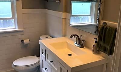 Bathroom, 330 E 30th Ave, 1
