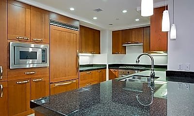 Kitchen, 3048 Scholarship, 1
