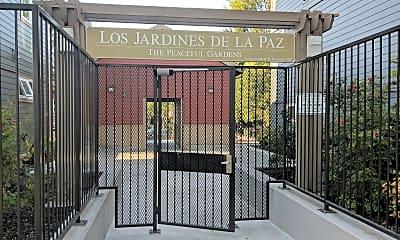 Los Jardines De La Paz, 1