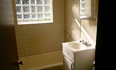Bathroom, 1429 W Atkinson Ave, 0