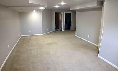 Living Room, 12337 S Tallgrass Dr, 2