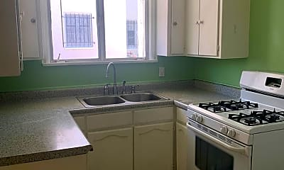 Kitchen, 1972 N Kenmore Ave, 1