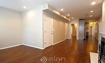 Living Room, 1442 W Melrose St, 2