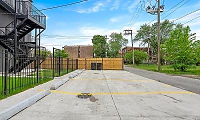 6450 S Ellis Ave 1, 2