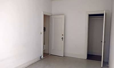 Bedroom, 605 1/2 Jackson St, 2