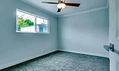 Bedroom, 3030 Broadway, 2