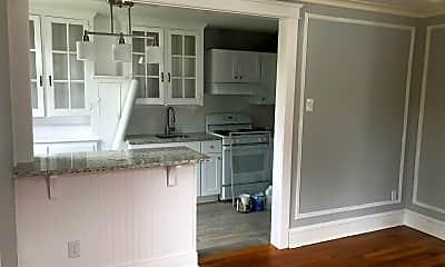 Kitchen, 517 Burnham Rd, 1