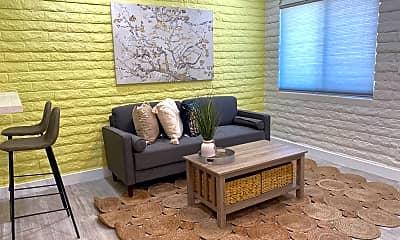 Living Room, 2930 N 30th St 1, 1