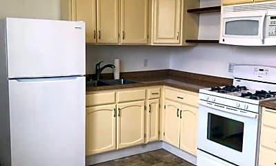 Kitchen, 1319 Tennessee St, 1