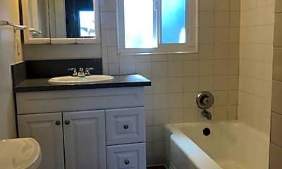 Bathroom, 7157 Mohawk St, 2