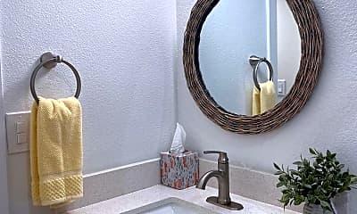Bathroom, 2930 N 30th St 1, 2