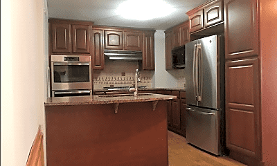 Kitchen, 448 N May St, 1